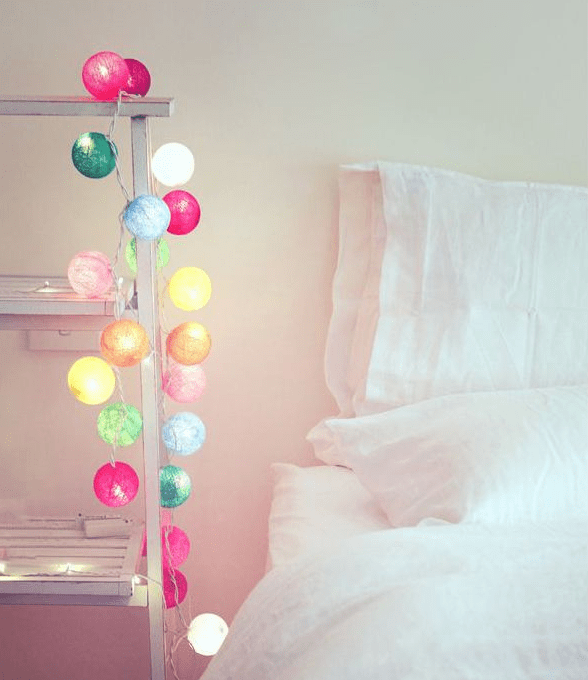 Draped-bedroom-lights
